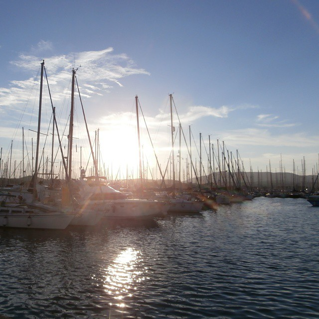 sailing sunsets yachts gouvia marina corfu greece hitchhiking boathitching
