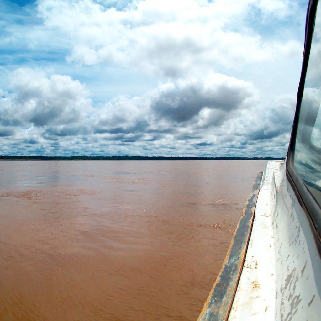 amazon river napo river border crossing iquitos Perú el coca ecuador