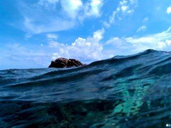 17 lonesome rock Crab Cay swimming snorkeling Caribbean Sea