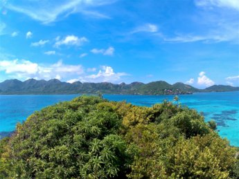 7 Vista Crab Cay highest point kayaking snorkeling Colombia