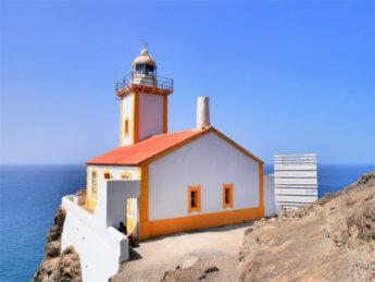 farol dona amelia lighthouse cabo verde São Vicente Santo André São Pedro construction artisan sea shells