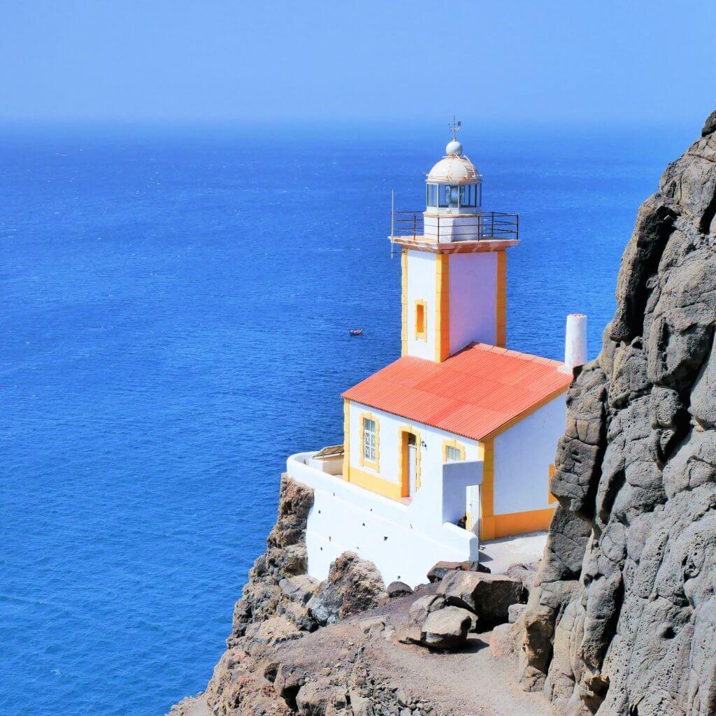 lighthouse Farol de Dona Amélia São Vicente Cabo Verde hiking landscape beauty São Pedro Santo André hitchhiking