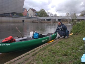 Portage dam in Tuttlingen reentering the water canoe kayak paddle Donau Danube