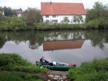 Kayak trip day 5 paddle canoe Scheer river bend Baden-Württemberg south germany second dam weir wehr Jonas portage