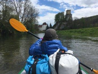 kayak trip day 4 Hausen im Tal to Sigmaringen via Donau Danube canyon schlucht young junge river fluss Swabia Schwäbische Alb Ruine Dietfurt