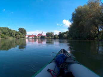 Kayak Trip Day 17 Friesheim To Straubing Mind Of A Hitchhiker