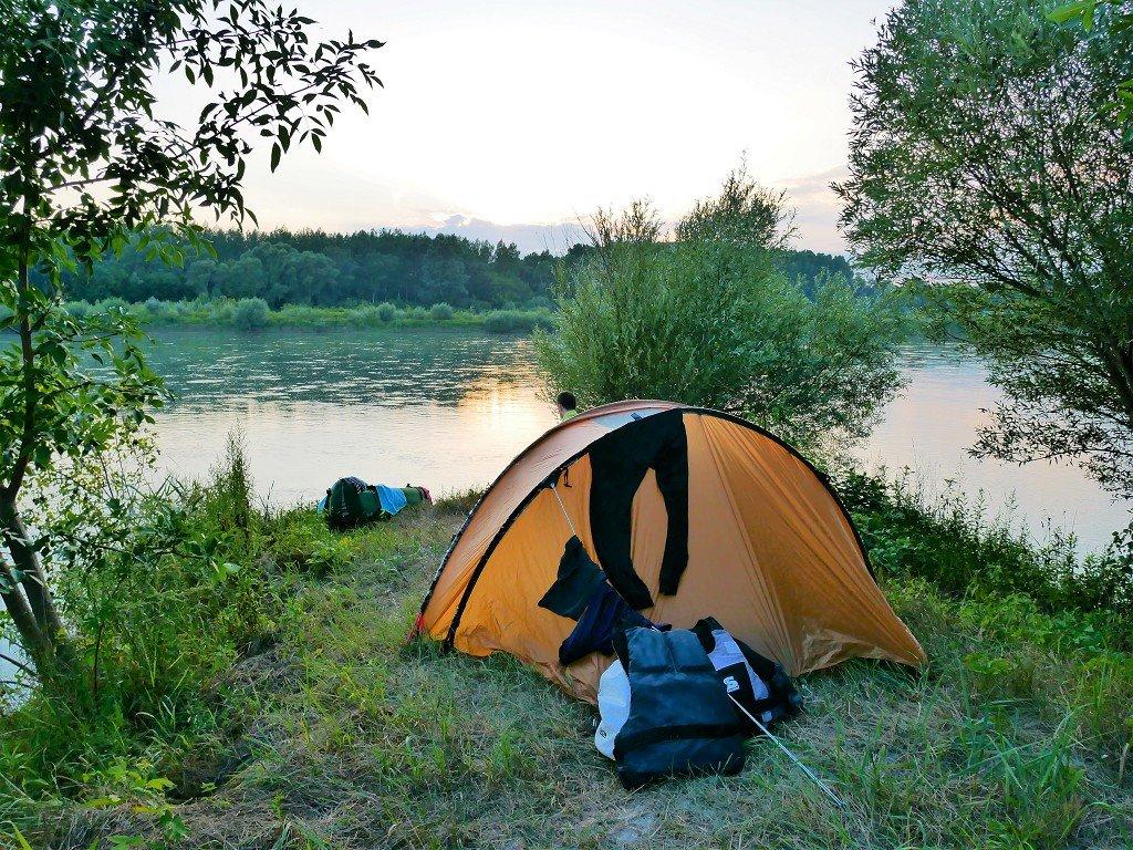 Day 36 freecamping inflatable kayak canoe boat Zucchini paddle freecamping Danube floodplains Slovakia Hungary
