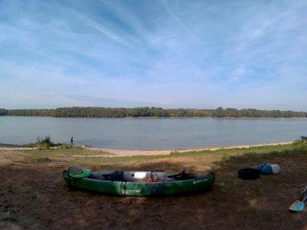 Day 46 Harta Paks Danube kayak 1