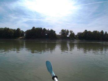 Day 46 Harta Paks Danube kayak 6