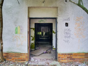 9 military barracks urban exploring dilapidated