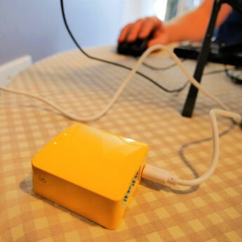 mango box wifi repeater in action