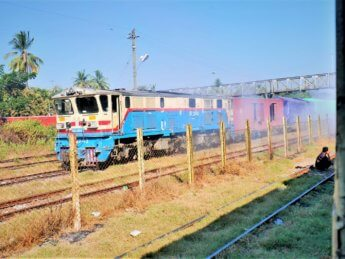 Myanmar train yangon mawlamyine 12
