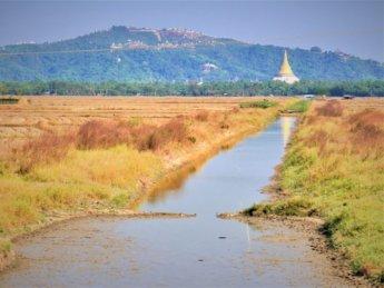Myanmar train yangon mawlamyine 22