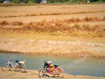 Myanmar train yangon mawlamyine 23