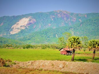 Myanmar train yangon mawlamyine 30