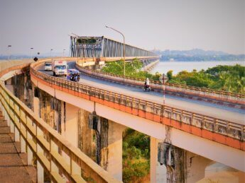 Myanmar train yangon mawlamyine 34