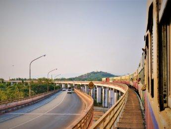 Myanmar train yangon mawlamyine 35