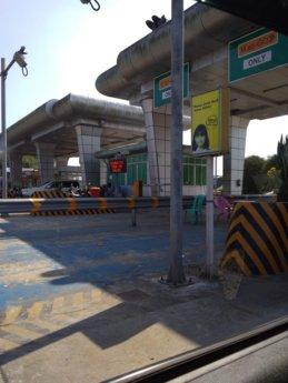 Hitchhiking Naypyitaw to Yangon 6