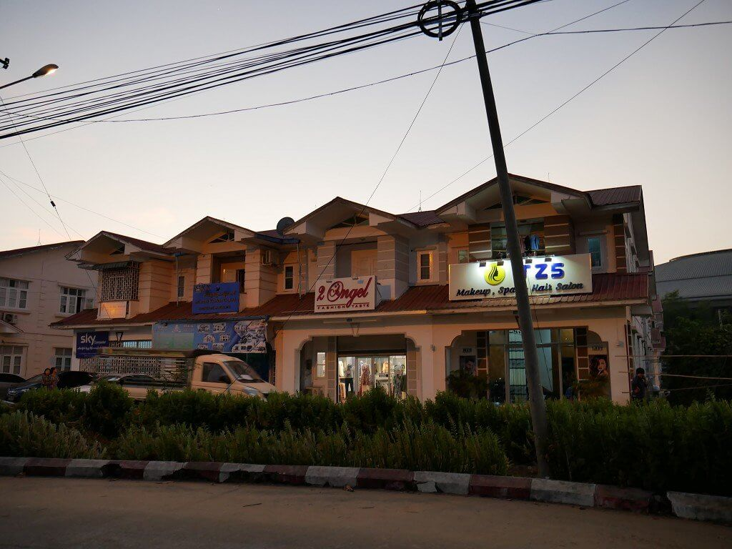 Shophouse Naypyitaw Thapyagone night market myanmar