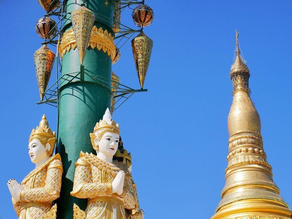 Uppatasanti pagoda hti umbrella