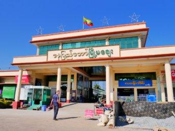 myoma market myanmar naypyitaw on monday closed
