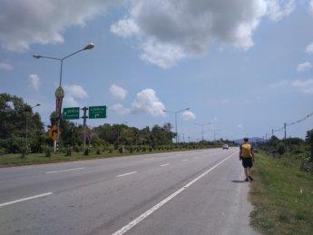 Narathiwat hitchhiking Tak Bai Sungai Kolok border