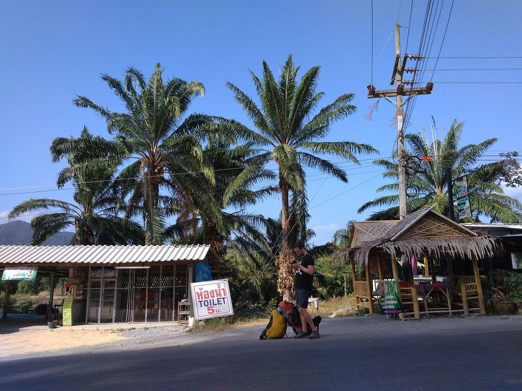Koh Lanta to Hat Yai hitchhiking Thailand phone pics 3
