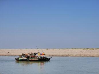 Irrawaddy river cruise mandalay to bagan 11
