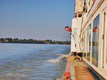 Irrawaddy river cruise mandalay to bagan 25