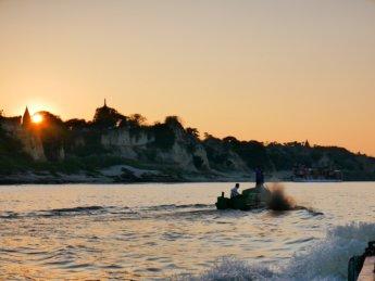 Irrawaddy river cruise mandalay to bagan 26