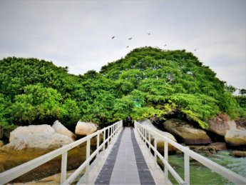 5 pulau tikus rat island jetty shrine grave muslim saint