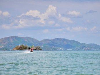 Kawthaung Myanmar to Ranong Thailand border crossing Kraburi Pak Chan river 12