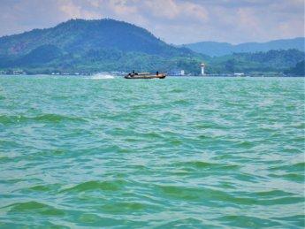 Kawthaung Myanmar to Ranong Thailand border crossing Kraburi Pak Chan river 9