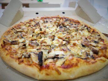 vivo pizza plaza pelangi johor bahru malaysia bed of mushrooms pizza