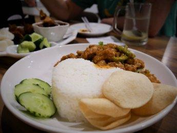 xiang ji johor bahru vegetarian restaurant mongolian veg chicken rice mock meat