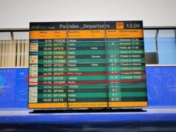 Delayed flight azores airlines sata 2019 Ponta Delgada to Lisbon_LI red ink