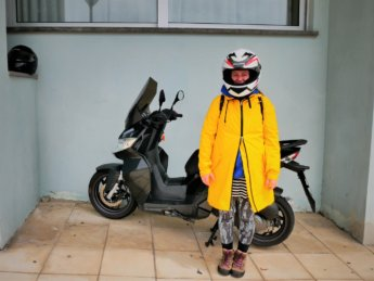 Azores Easy Rent Ponta Delgada scooter motorbike rental road trip São Miguel island ilha Iris mind of a hitchhiker