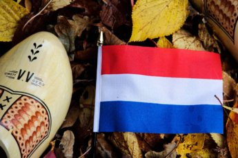 denise jans dutch flag clogs stereotype nationalism