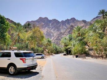 19 Wadi shis parking space lot Hajar mountains UAE Oman exclaves 4WD off road