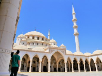 18 Jonas riwaq colonnade Sheikh Zayed Grand Mosque Fujairah main dome complex cascade