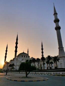 3 Sunset at sheikh zayed grand mosque in Fujairah, UAE