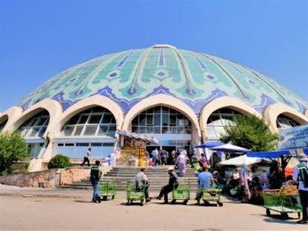 Chorsu bazaar dome vegetarian in uzbekistan tips for travelers
