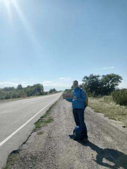 hitchhiking henichesk southern ukraine m18